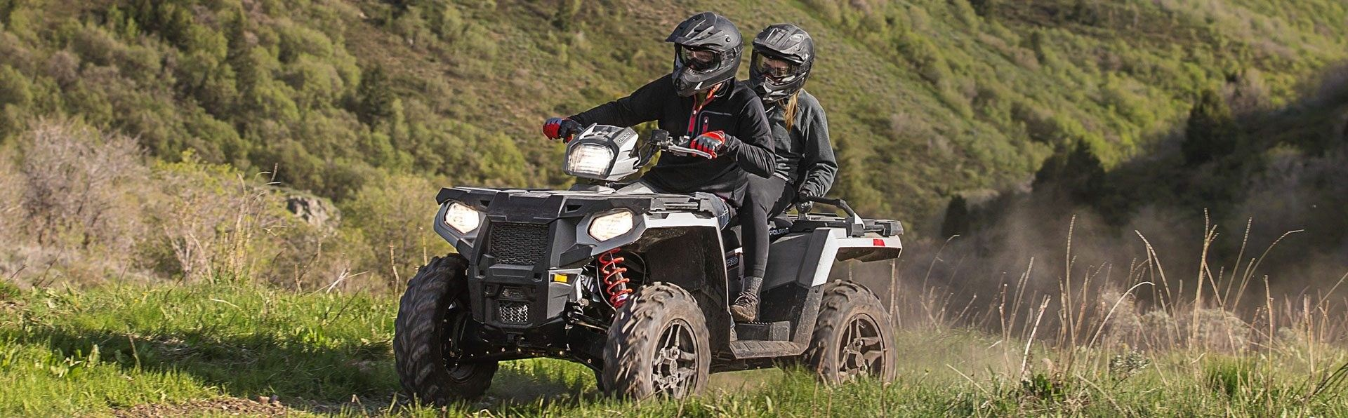 2017-Polaris-Sportsman-Touring-570-SP